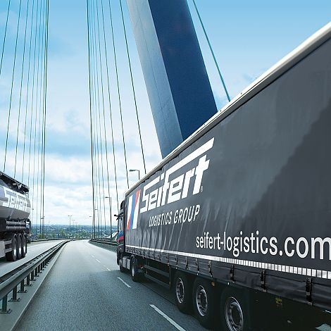 LKW in der Corporate Identity der Seifert Logistics Group